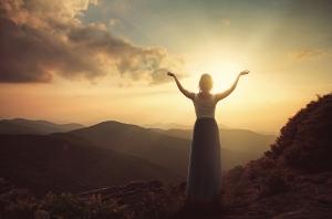 woman-mountain-soul