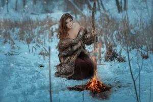 girlshaman_bonfire