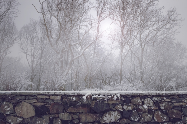 old-stone-wall_winter