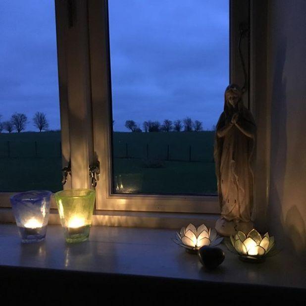 Tidlig morgen madonna lys