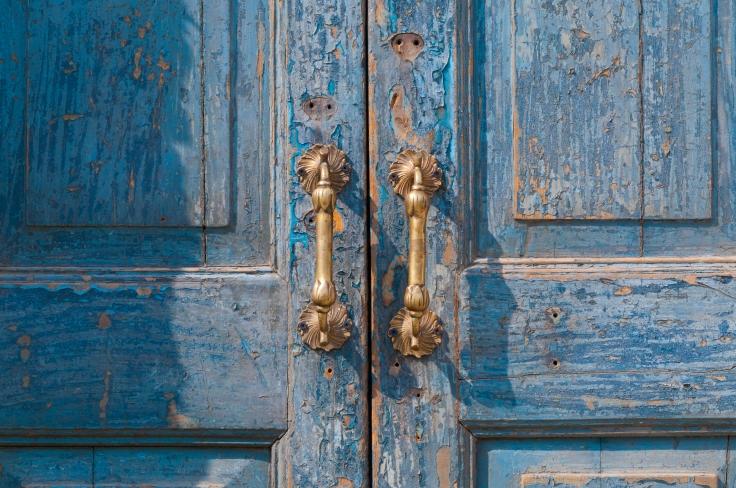 Blue door vintage