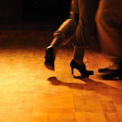 Tango fødder rød orange